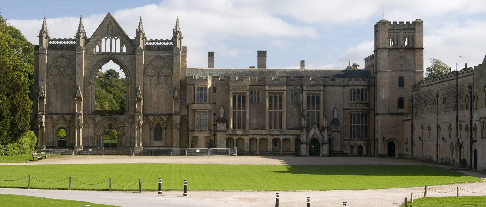The exterior of Newstead Abbey near PREMIER SUITES Nottingham